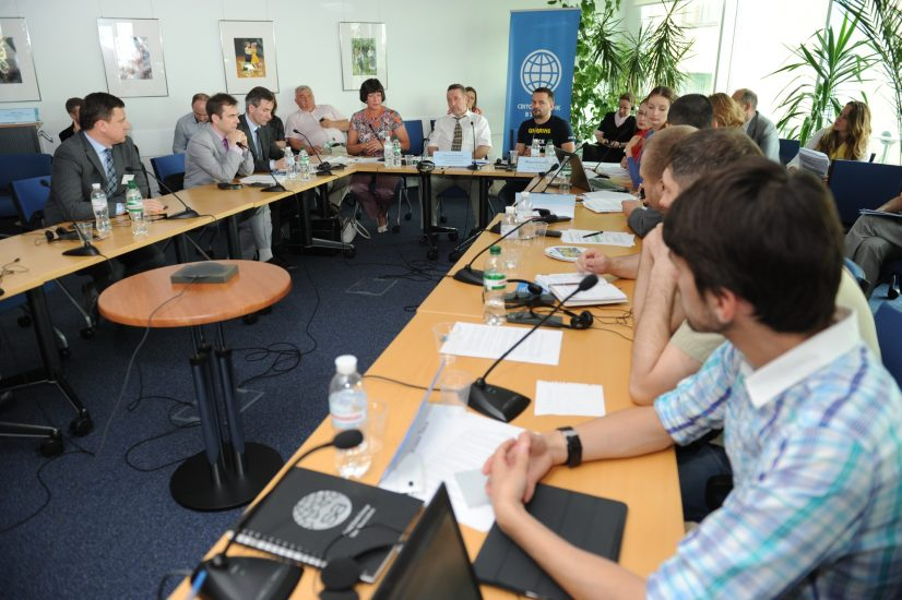 round-table-20140625 1 of 1