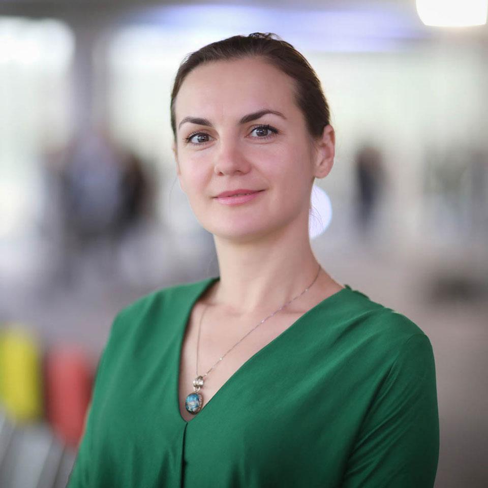 Ольга Коцеруба — Консультант з комунікацій