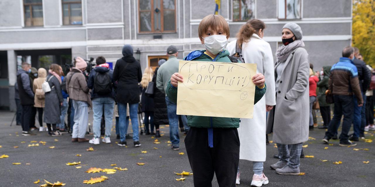 Пацієнти вимагають відставки Степанова